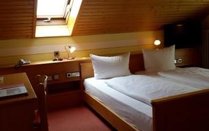 Budget Doppelzimmer ohne Balkon (2-3 Personen)