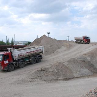 4-Achs Kipper für schweres Gelände und enge Baustellen