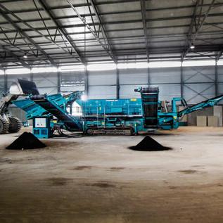 Bereits 2014 konnte die neue Anlage zur Lagerung und Behandlung von kontaminiertem Boden und mineralischen Abfällen in