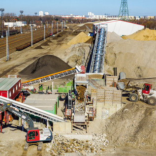 16 Hektar große Recyclinganlage an der Landsberger Allee