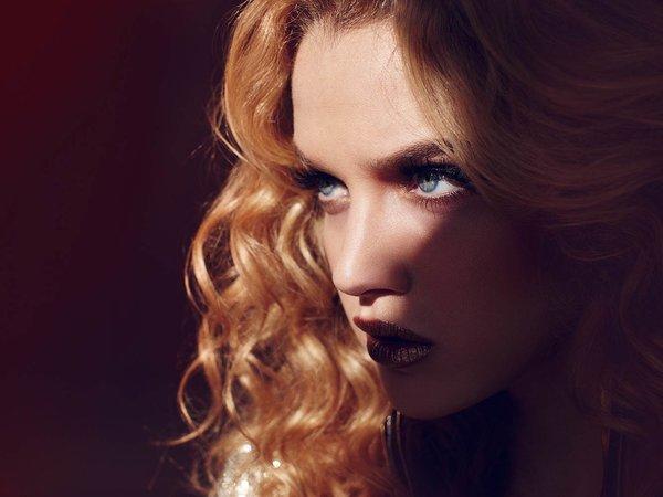 <h2>American Beauty</h2> <br><br> <a href=&quot;/kontakt&quot; class=&quot;button&quot;>Anfrage</a>